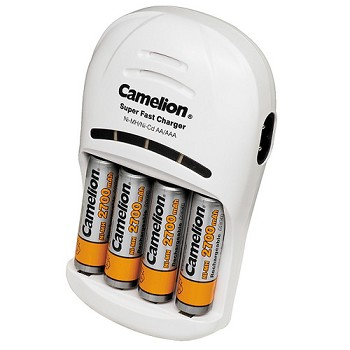 AA Rechargeable Battery Kit with 4 AA Rechargeable Batteries